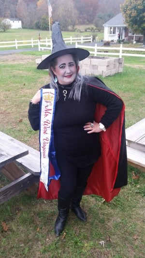 halloween-witch-costume-with-banner-2-e1447352910537
